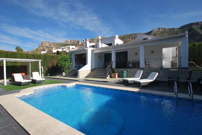 Spain holidays rent Finca private Pool Casa Picaio - Barx